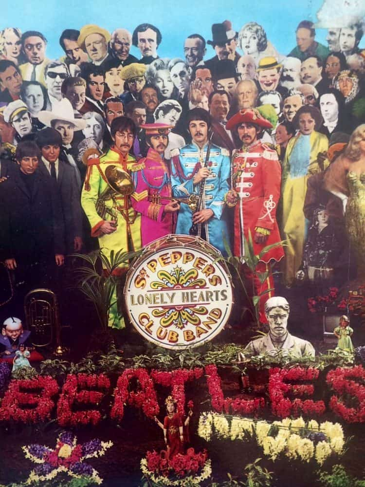 Sgt. Peppers Lonely Hearts Club Band record cover