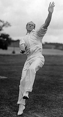 Cricketer Bart King bowling