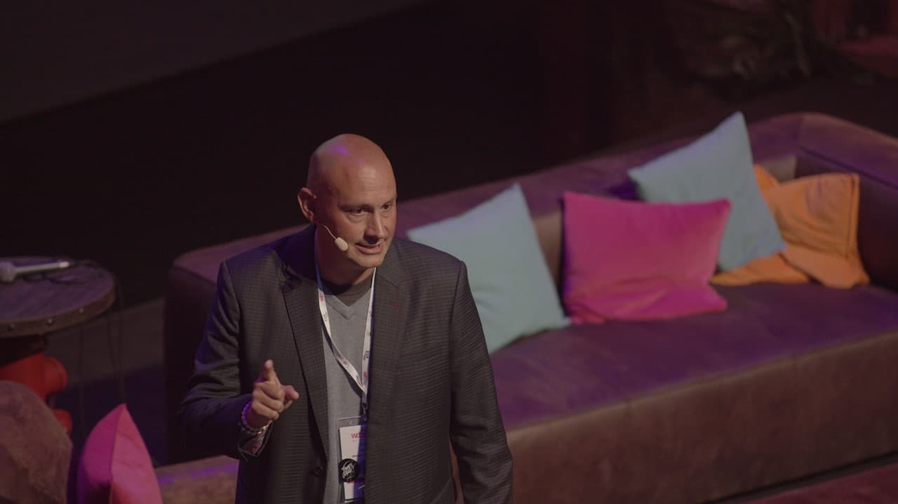 Scott Eddy gives a talk