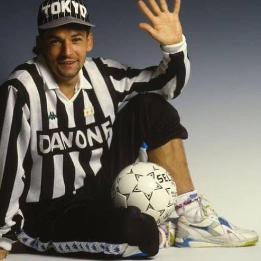 Roberto Baggio poses in Juventus home kit and Reebok pump trainers