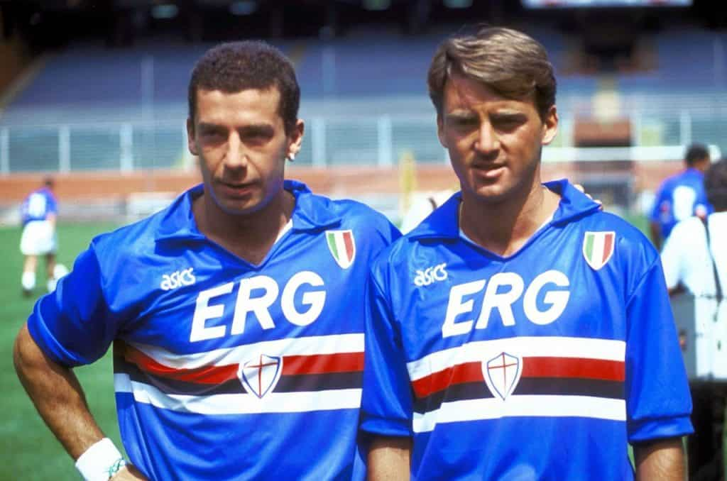 Gianluca Vialli and Roberto Mancini in the 1991 Sampdoria home kit