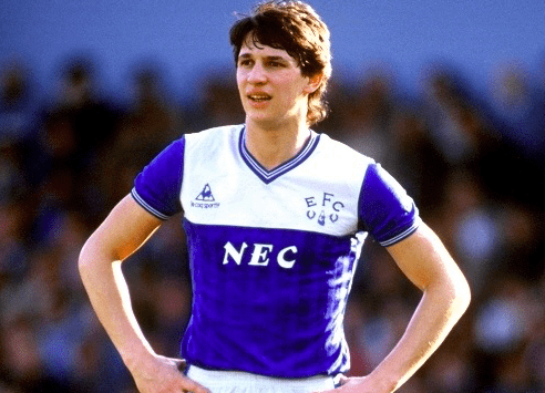 Gray Lineker in the Everton Home kit 1986-87