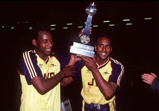 Michael Thomas and David Rocastle celebrate in the Arsenal Away kit 1988-89