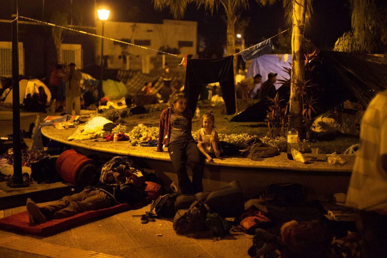 Sean Hawkey photo of the migrant caravan
