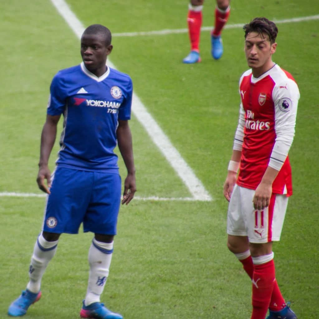 Ngolo Kante turning out for Chelsea in 2017
