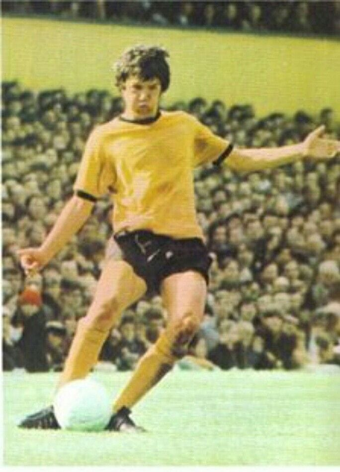 Footballer Peter Knowles plaing for Wolves in 1969